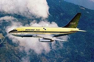 300px-737-100_N73700